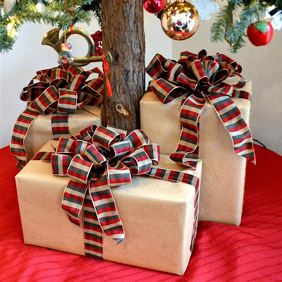 Capadia Designs: Brown Paper Packages with Big Fluffy Bows