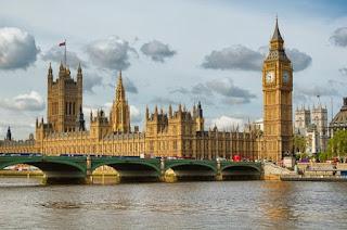 """Plus de 340 chercheurs britanniques protestent contre les """"violations intolérables"""" infligées au peuple palestinien"""