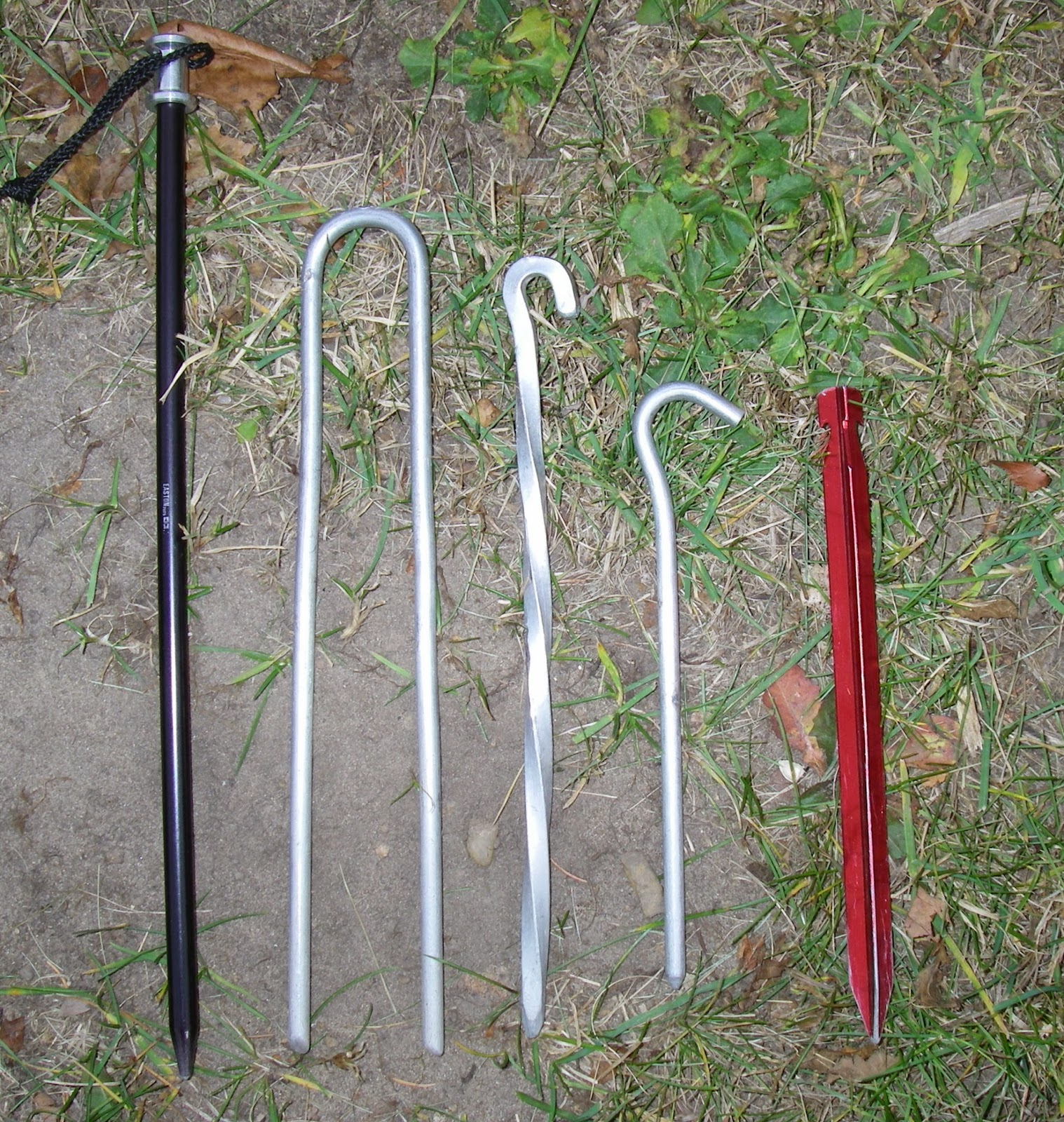 I carry a variety of tent stakes so Iu0027ll have options for different types of ground. L to R 12-inch long arrow-shaft stake 10-inch staple 9-inch skewer ... & Piragis Northwoods Company Boundary Waters Blog: BLOG 55. Tent ...