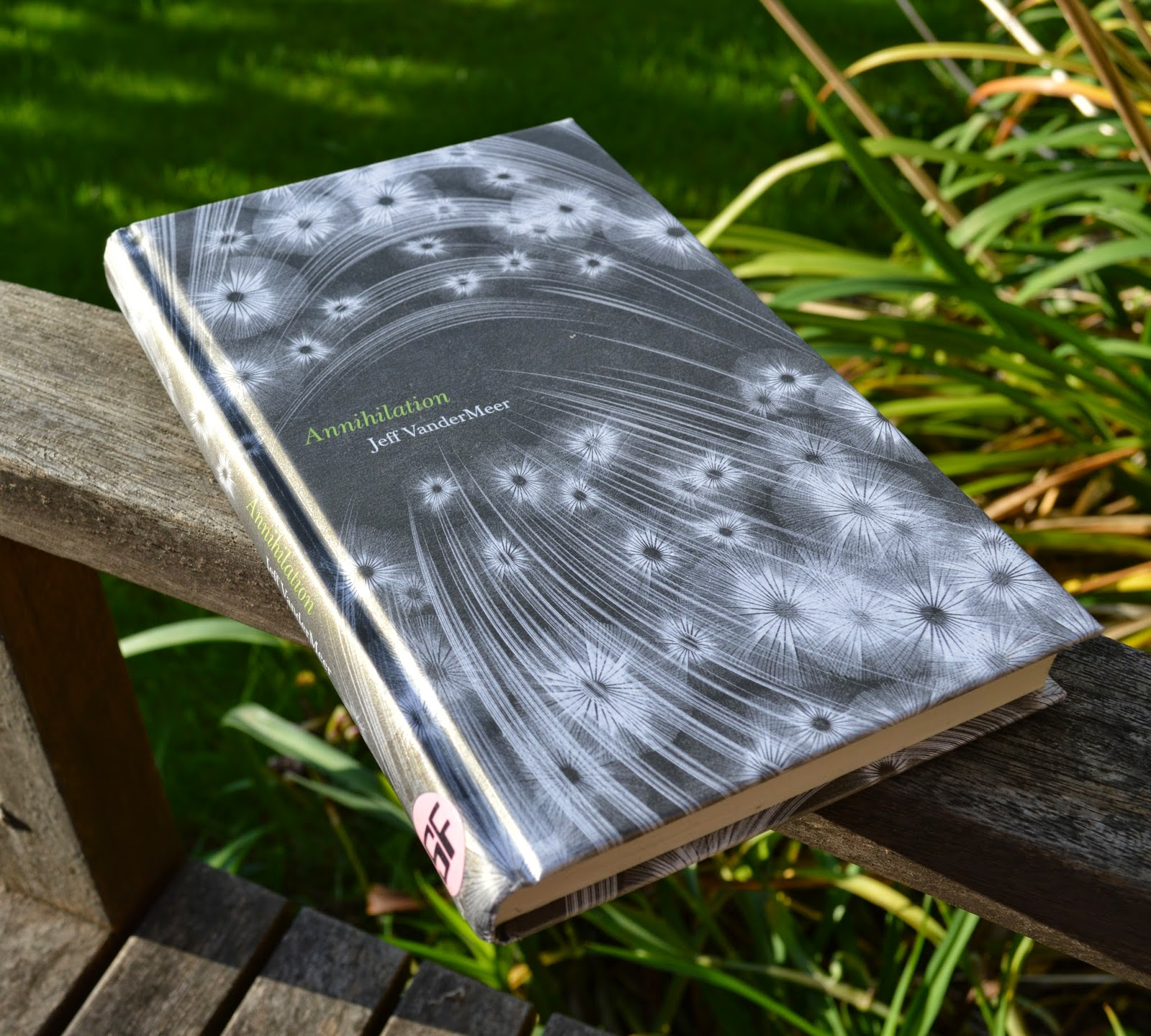 Annihilation, Jeff VanderMeer, Science Fiction, novella, Southern Reach, trilogy, book one, review, hardback, book cover, UK edition