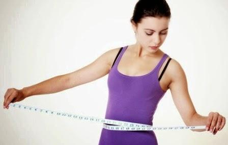 perut yang langsing dan rata