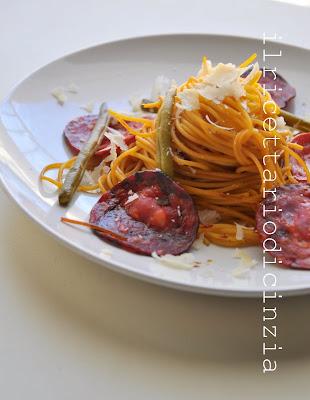 spaghetti al chorizo fagiolini e zafferano