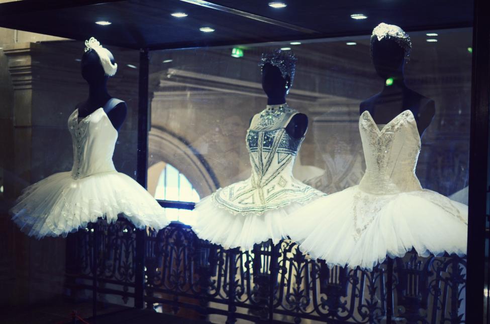 costumes at opera garnier in paris