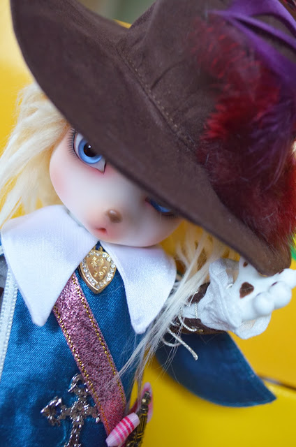 luts zuzu delf aramis velo doll