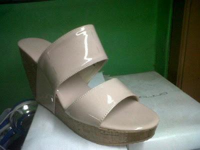 Aneka model sepatu sandal wanita murah,sandal wanita model Pich