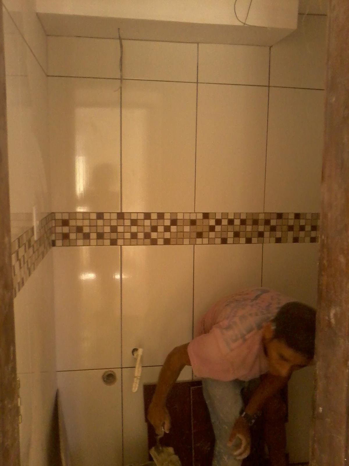 APARTAMENTO EM REFORMA: ''cozinha e banheiro pastilhas''  #C68805 1200x1600 Banheiro Com Pastilhas Marron