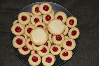 Two kinds of Christmas cookies