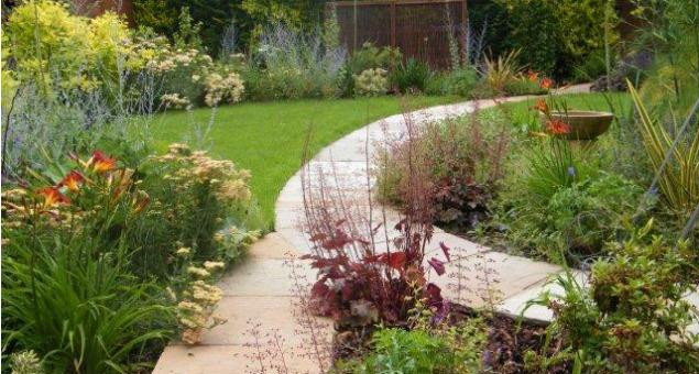 A beautiful garden designs home designs plans for Beautiful garden design