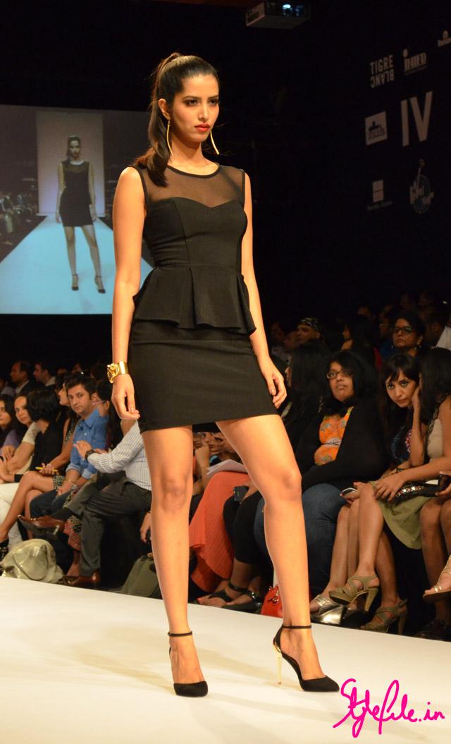 sheer black peplum bisou bisou lakme fashion week
