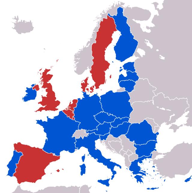 Monarquias (rojo) - repúblicas (azul)