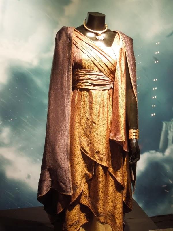 Thor Dark World Jane Foster movie costume