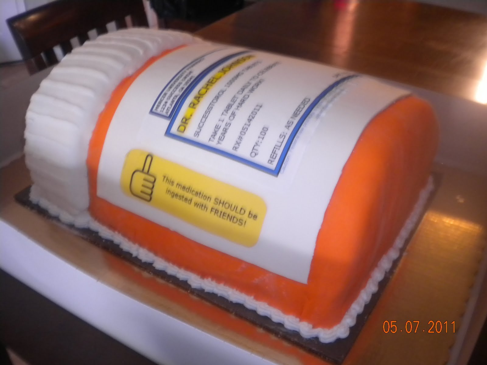 What Are The Cakes For My Graduations