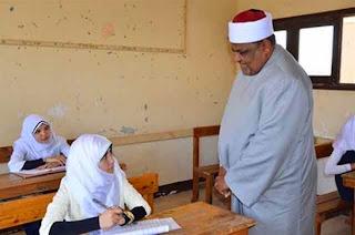 وكيل الأزهر والأمين العام للمجلس الأعلى للأزهر يتابعان سير الامتحانات بمعهد الفتح النموذجي