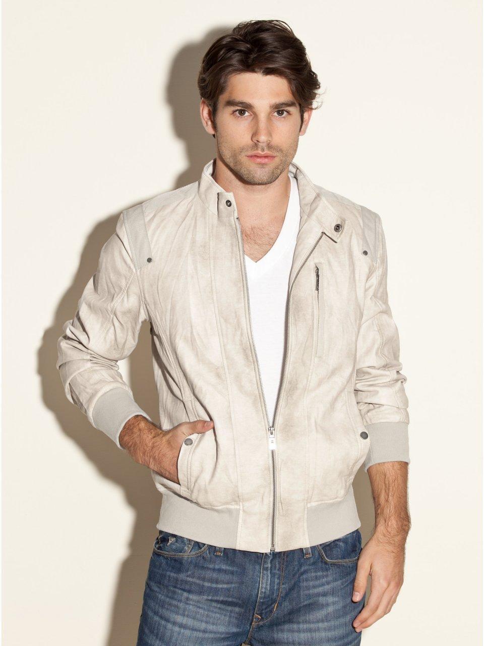 Modas y modelos guess ropa para hombre primavera verano Modelos de locales de ropa