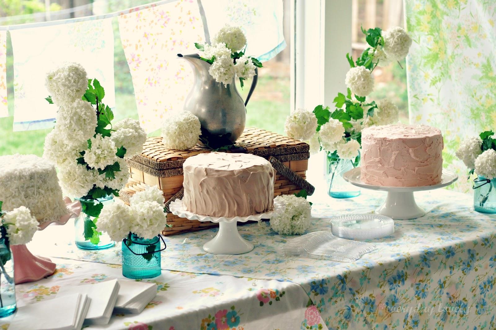 Vintage Bridal Shower: The Cakes