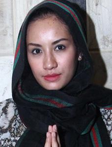 20 Foto Seksi dan Cantik Shinta Bachir 2014