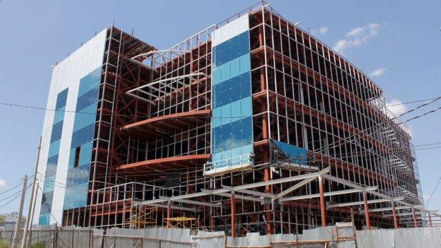 Construcciones verticales en auge en managua y estel for Construcciones industriales