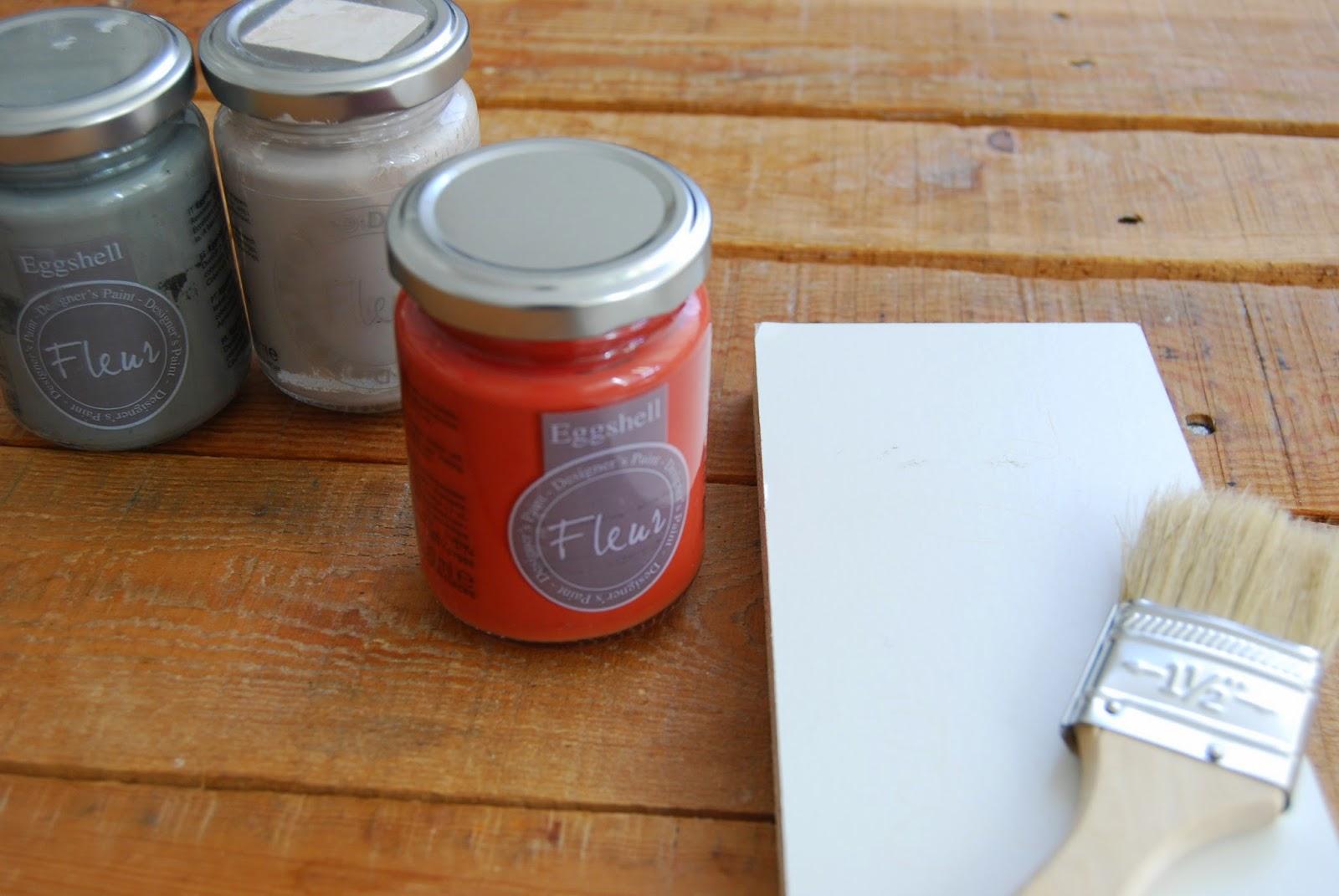 Cómo reciclar un cajón en una mesa auxiliar con chalk paint.