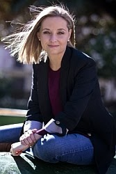 Almudena Navarro - Autora