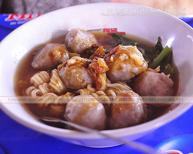 Kuliner Rakyat : Bakso & Mie Ayam - Foto oleh : BLOG.KLIKMG.COM (1) Juru Foto Wedding Purwokerto