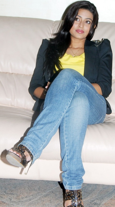 South Indian Actress Sneha Hot Wallpapers