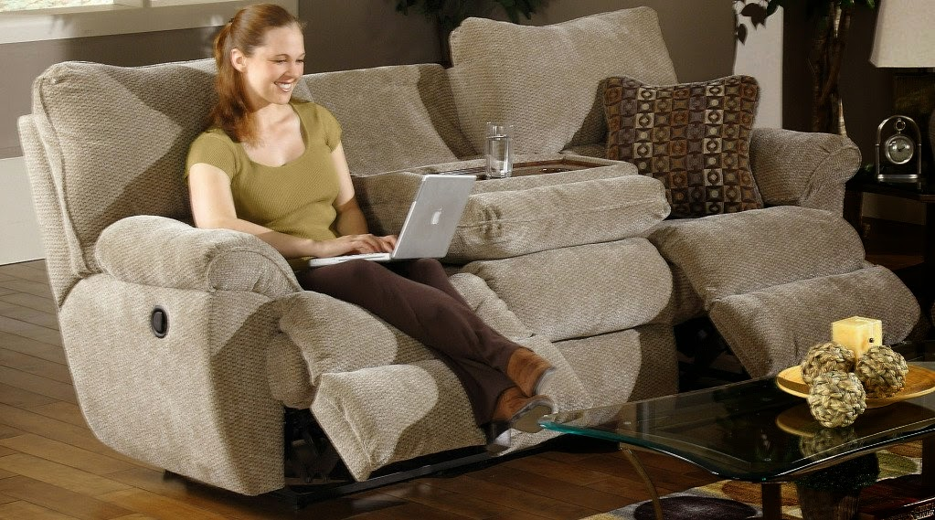 Top modern reclining sofa reviews reclining sofa with for Sectional sofa with drop down table