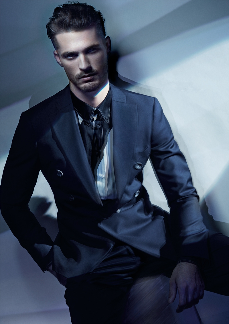 Armani mans Coats | Giorgio Armani suits for men 2011-2012 ... Giorgio Armani