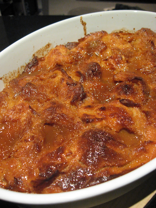 Morsels and Musings: caramel croissant pudding