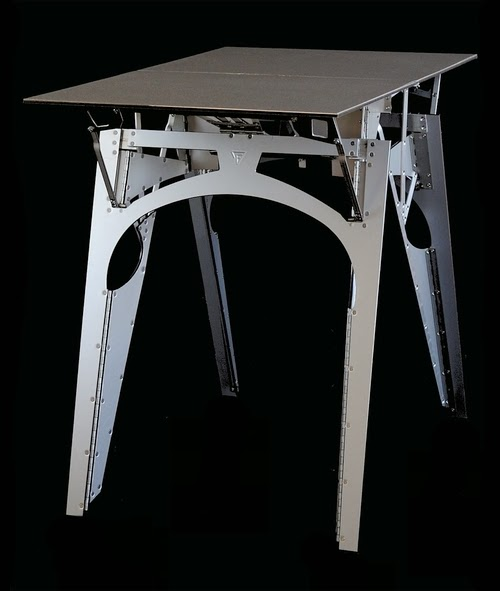 04-Cricket-Range-Table-American-Furniture-Foldable-Furniture-Folditure-www-designstack-co