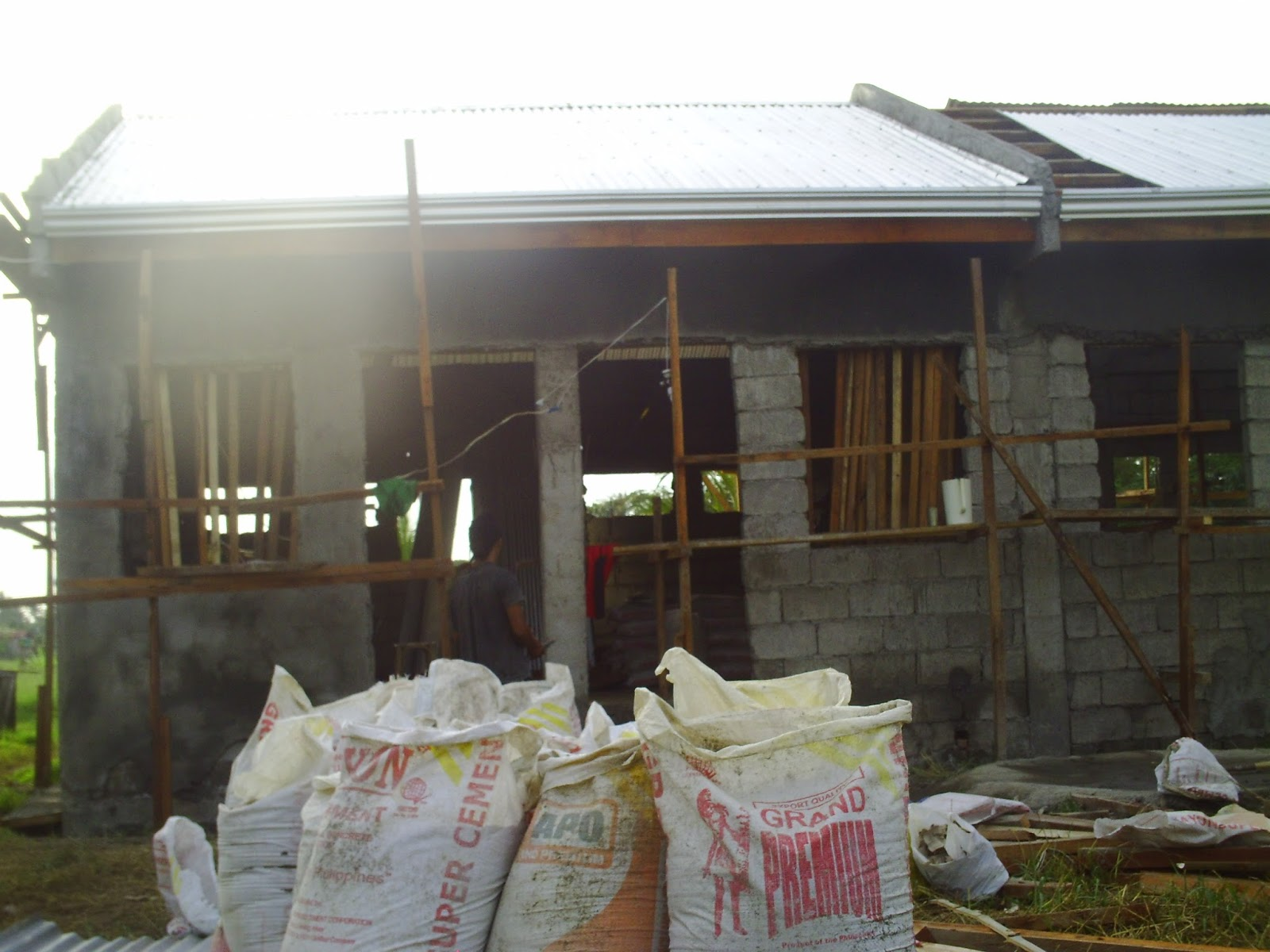 Ofw business ideas 4 doors concrete apartment at p175k for House building cost