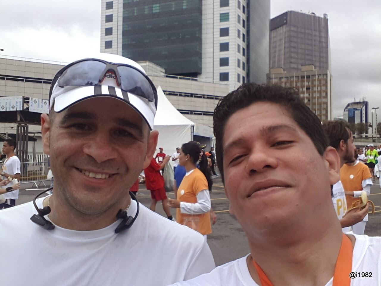 O Blogueiro Eduardo Acácio do Blog Porque eu Corro e Eu - Corrida Caminho da Paz 2013