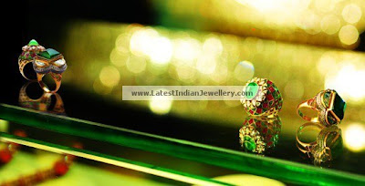 diamond emerald rings