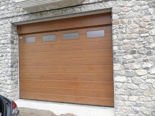 Reparación de puertas de garaje en Rota