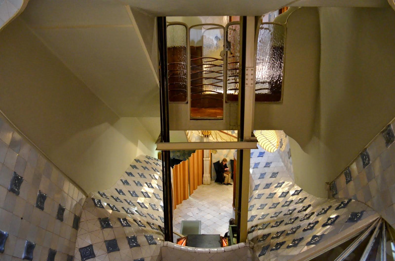 la casa batll les pedres de barcelona. Black Bedroom Furniture Sets. Home Design Ideas