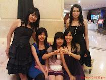 A Gang of Sis
