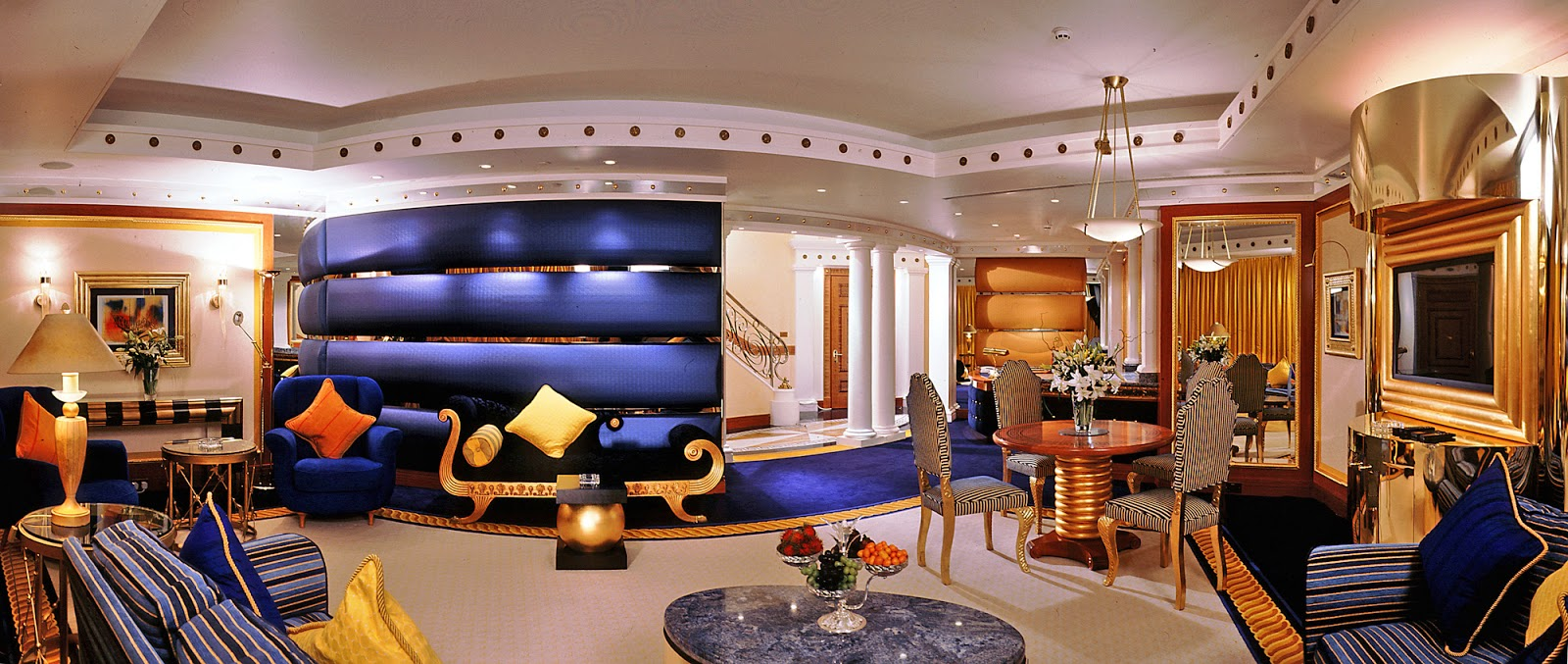 Burj al arab suite luxury hotel in dubai travel review for Most expensive suite in dubai