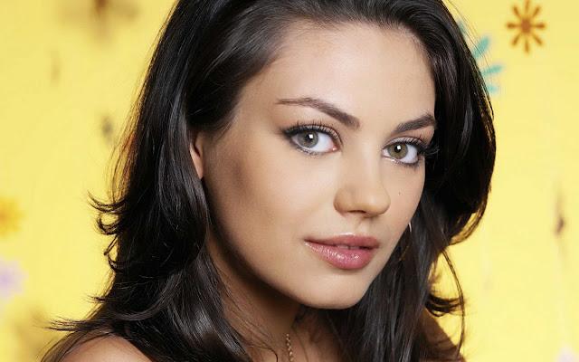 Mila Kunis Hot Sexy Pics
