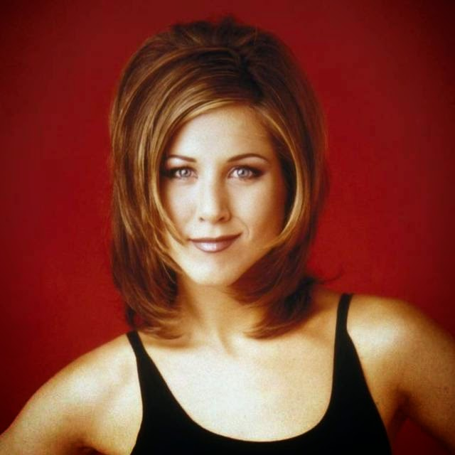 The most iconic of all time is the hairstyle of Jennifer Aniston. His character in the sitcom, Friends, lowered his court led thousands of women worldwide to emulate her look.
