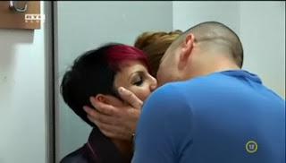 VV Gergő és Csilla csókja