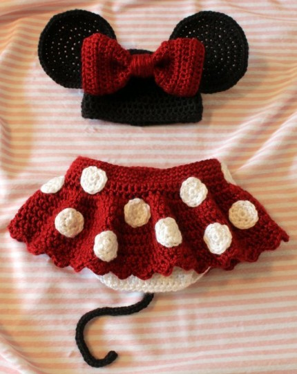 Free Crochet Pattern For Mickey Mouse Shoes : Crochet For Children: Minnie Little Mouse hat, shoes and ...