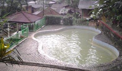 Tempat Wisata di Bogor dan Sekitarnya Air Panas Ciparay