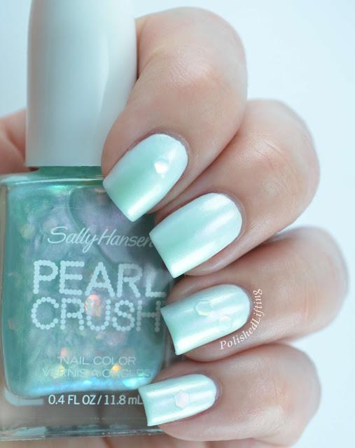 Sally Hansen Pearl Crush Mer-Mint