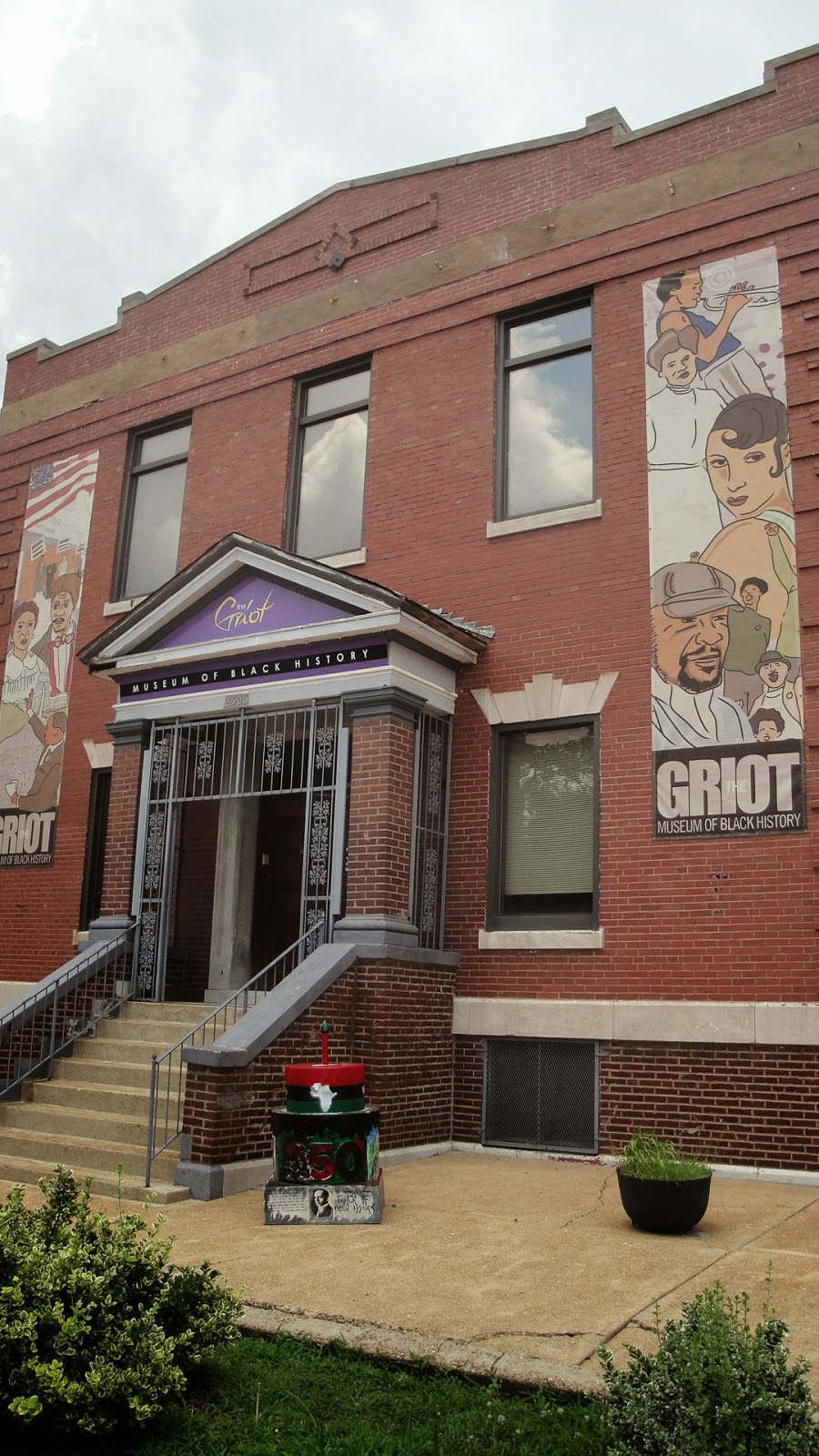 The Griot Museum of Black History - Wikipedia