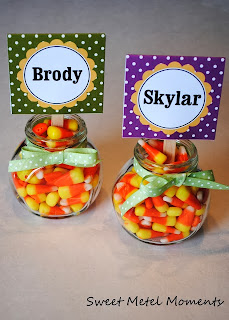 Candy Corn Thanksgiving Place Cards by Sweet Metal Moments