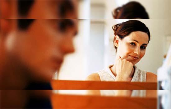 6 Petanda Rakan Sekerja Telah Jatuh Cinta Pada Anda