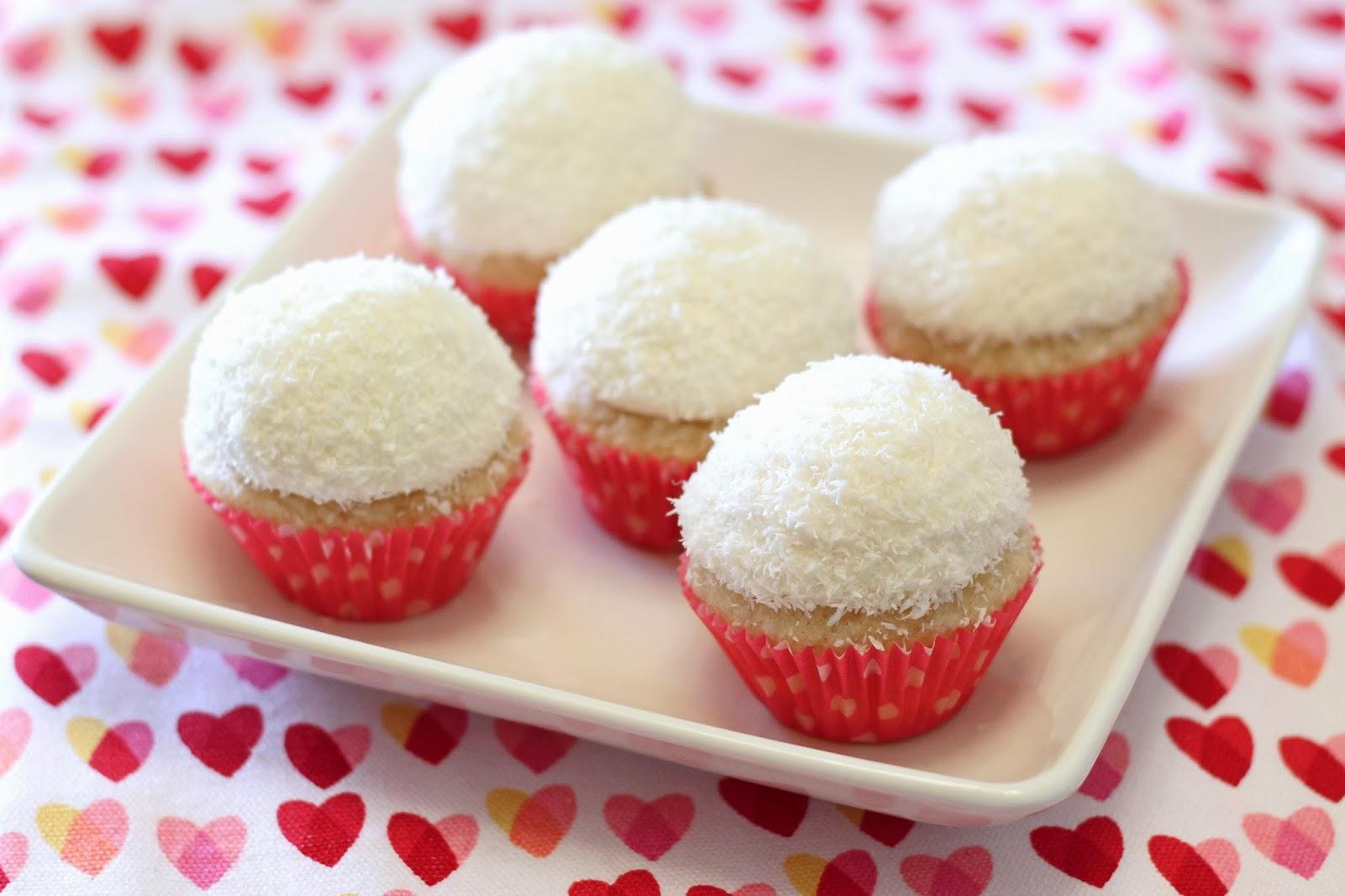 gluten free vegan mini coconut snowball cupcakes - Sarah Bakes Gluten ...