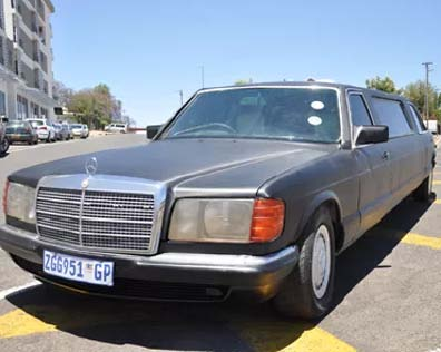 Namibia: limousine service in Windhoek