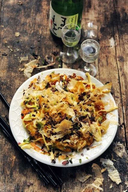 Okonomiyakiiiiii à ma façon ! Direction le Japon pour un plat redoutablement réconfortant !