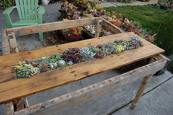 Jak Zrobic Meble Ogrodowe Z Palet Drewnianych :  kolorze Jak kto lubi A oto inne pomysły na paletę w ogrodzie