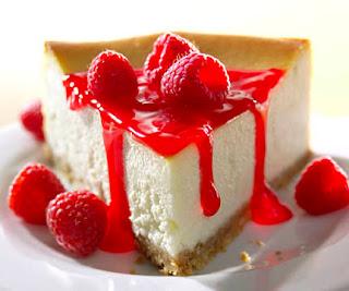 cheesecake-with-raspberry.jpg